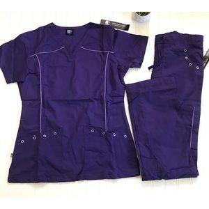 🆕 MG Medgear Women's Medical Scrubs Set